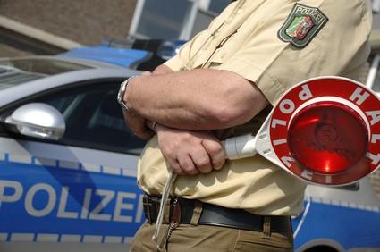 Halt Polizei Polizeikontrolle