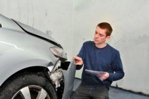 Autorecht: Autounfall Schadensregulierung