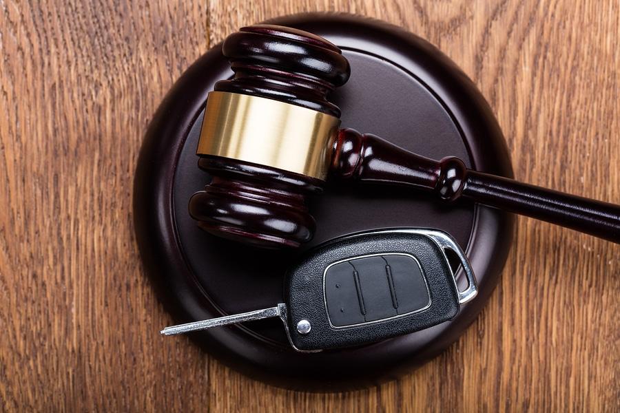Bindung der Fahrerlaubnisbehörde an strafrichterliche Eignungsbeurteilung