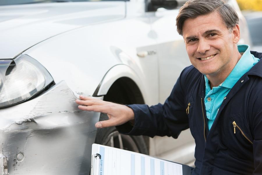 Verkehrsunfall: Ermittlung angemessener Werkstattkosten für Unfallschäden