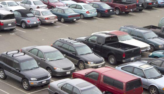 Verkehrssicherungspflicht Parkplatzbetreiber - unzureichende Länge eines Parkplatzes