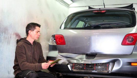 Verkehrsunfall - Schätzung der Sachverständigenvergütung für Schadensgutachten