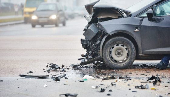 Verkehrsunfall - Beseitigung ölhaltiger Betriebsstoffe