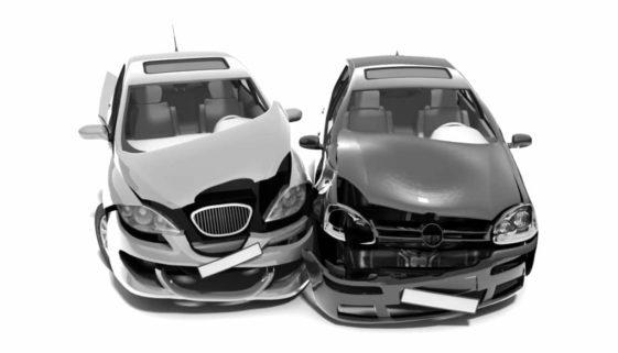 Verkehrsunfall - Haftungsverteilung eines nach links Abbiegenden mit einem Überholer
