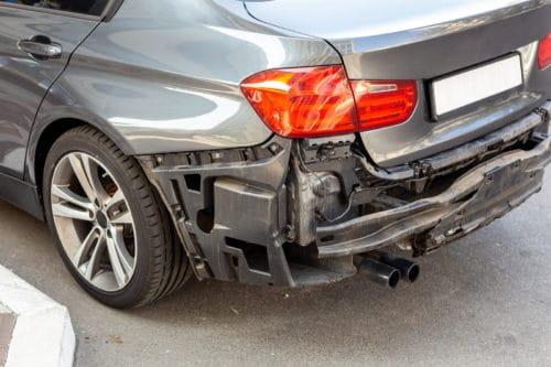 Verkehrsunfall - Kein Referenzwerkstattverweis bei Reparatur in markengebundener Fachwerkstatt bis zum Unfallzeitpunkt