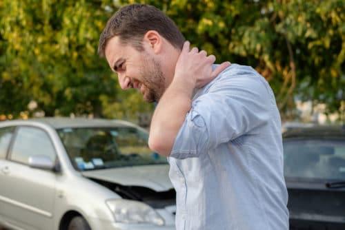 Verkehrsunfall - Erstattungsfähigkeit von Mietwagenkosten und Schmerzensgeld
