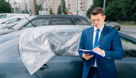 Verkehrsunfall - UPE-Aufschlag für Ersatzteile bei fiktiver Schadensabrechnung