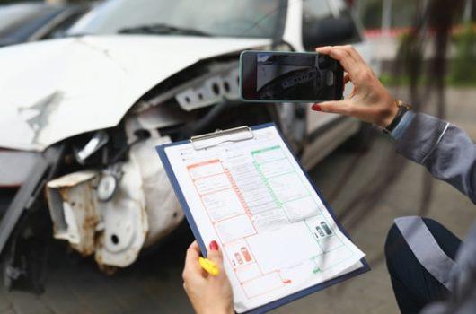 Verkehrsunfall - Übersendung des Schadensgutachtens nebst Bildmaterial im Original